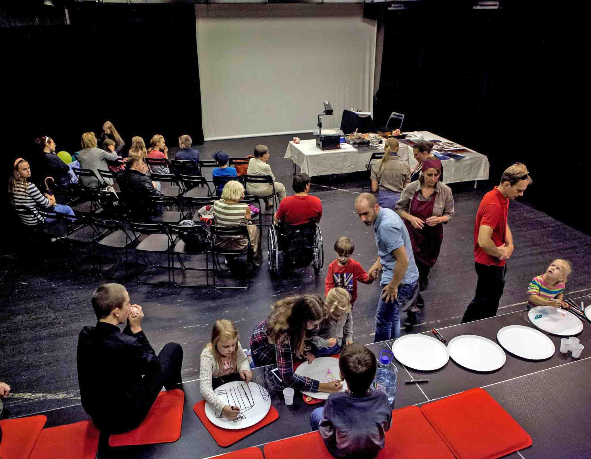 Naujuosius kūrybinius metus pradeda Stalo teatras | Stalo teatro nuotr.