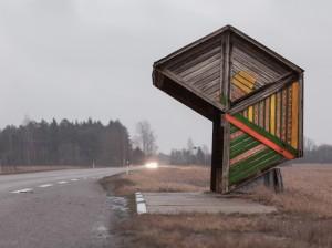 nuotr-paroda-oro-uoste_christopher_herwig_soviet_bus_stops_estonia