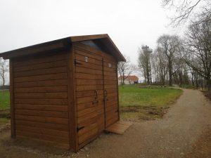 Lauko WC įrengtas už lankytojų bilietus | VSTT nuotr.