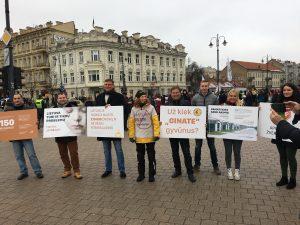 Protestas prieš kailinius žvėrelius | Austės Korbutės nuotr.