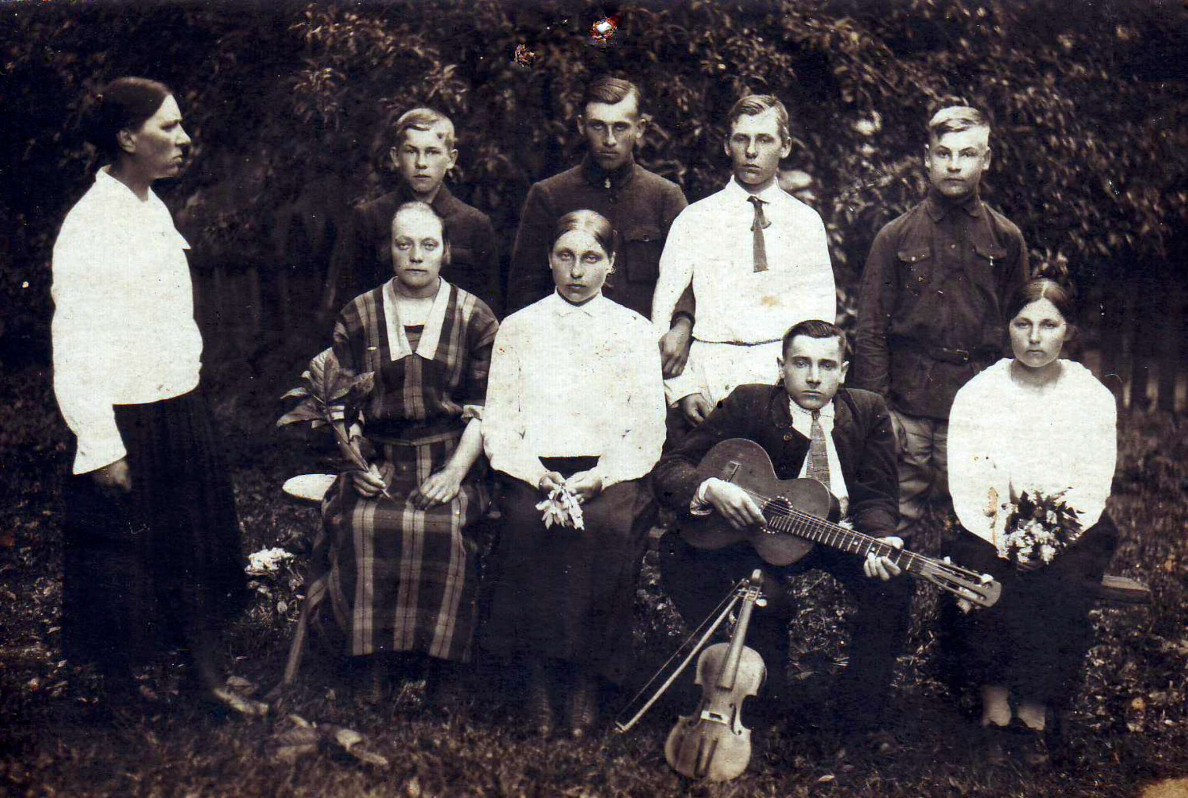 Pašaminės kaimo jaunimas, 1926 m. | P. Šimkavičiaus asmeninio albumo nuotr.