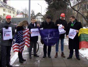 Prie JAV ambasados Vilniuje įvyko D. Trampo palaikymo akcija | Alkas.lt nuotr.