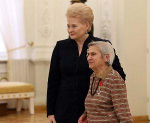 Lietuvos Respublikos Prezidentė ir apdovanotoji Fania Jocheles–Brancovskaja | Alkas.lt, A. Sartanavičiaus nuotr.