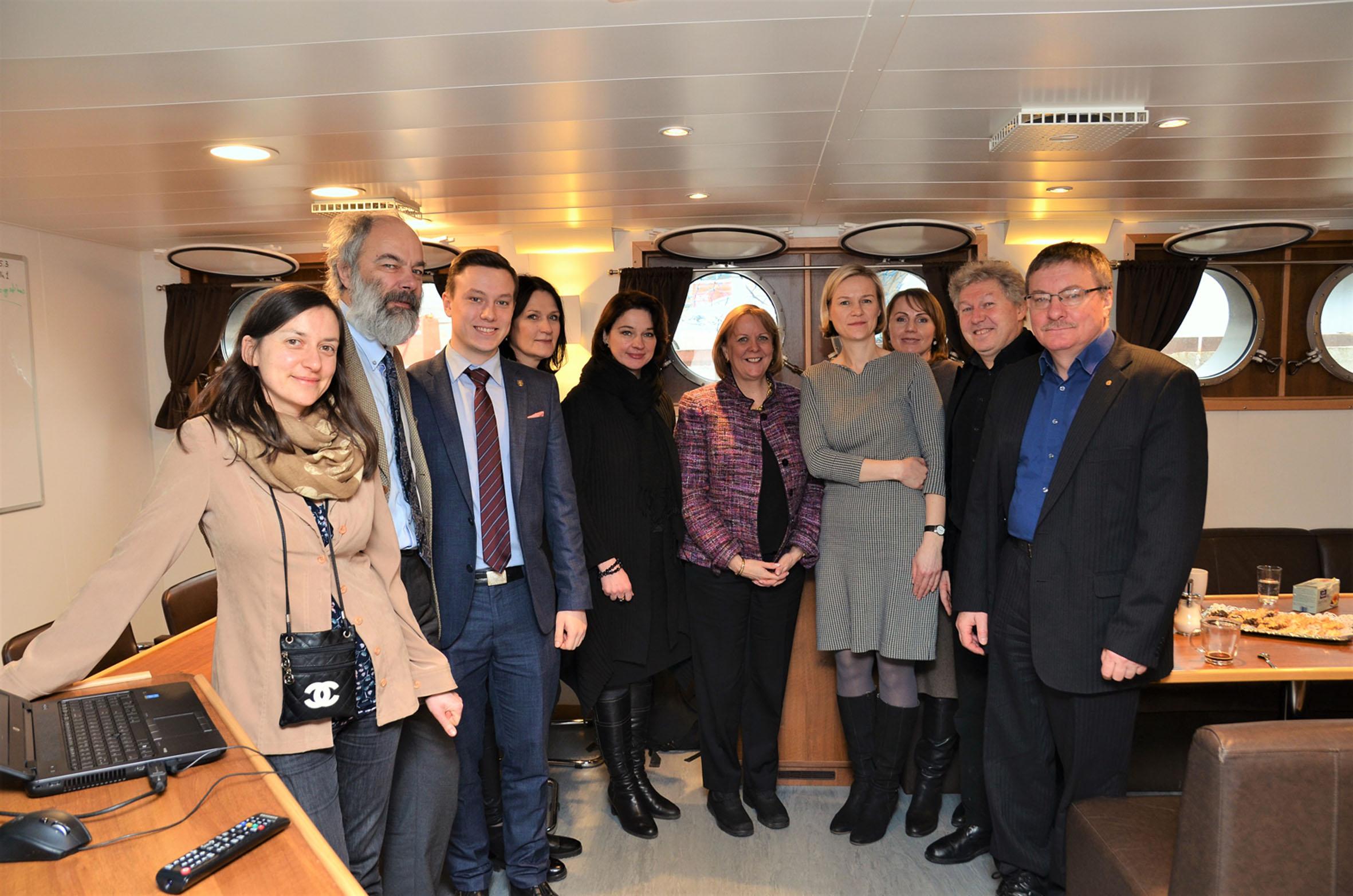 JAV ambasadore Ane Hol susitikime laive_ku.lt