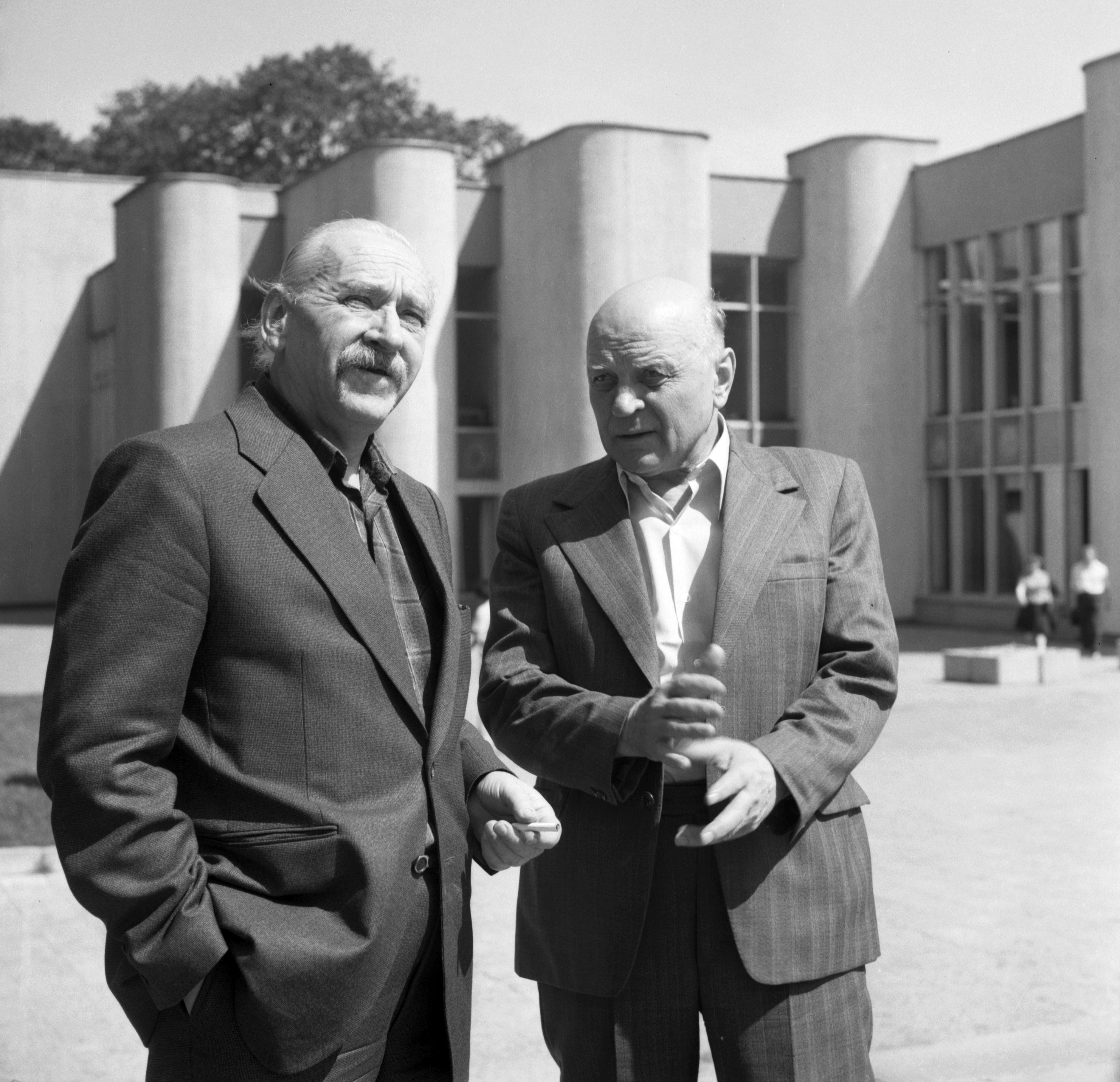 Algirdas Julius Greimas su Juozu Baltušiu 1979 m.   V. Kapočiaus nuotr.