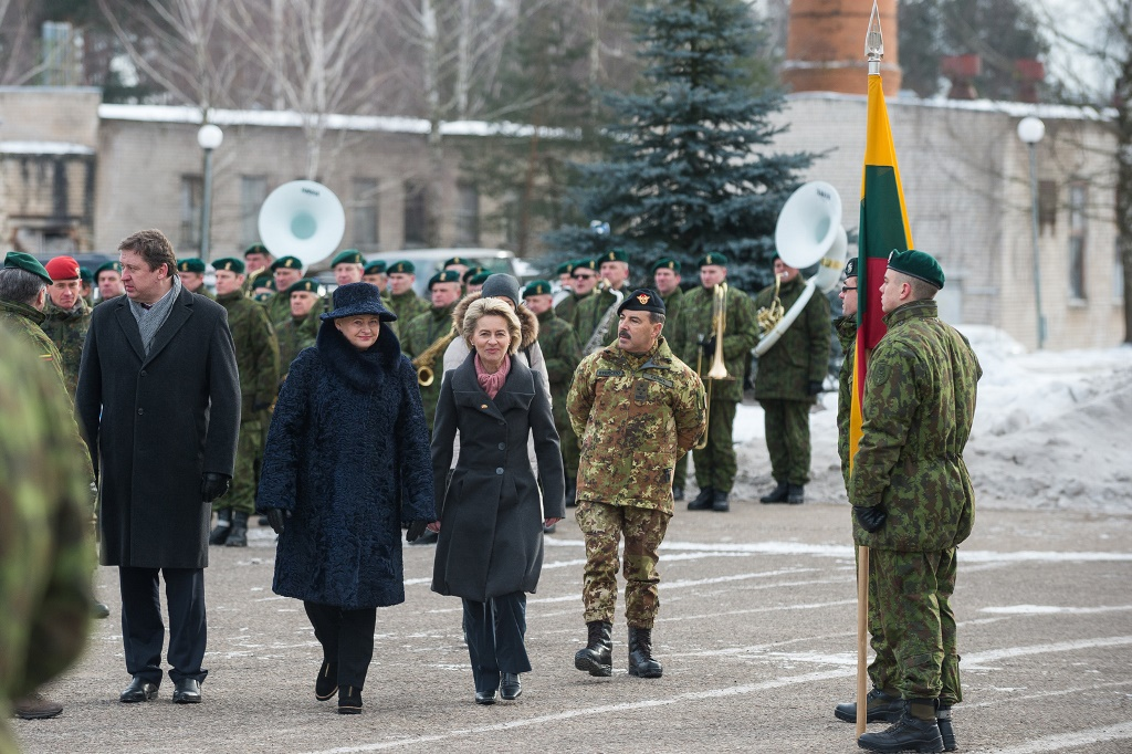 Rukloje iškilmingai sutikti NATO kariai | kam.lt, A. Pliadžio nuotr.