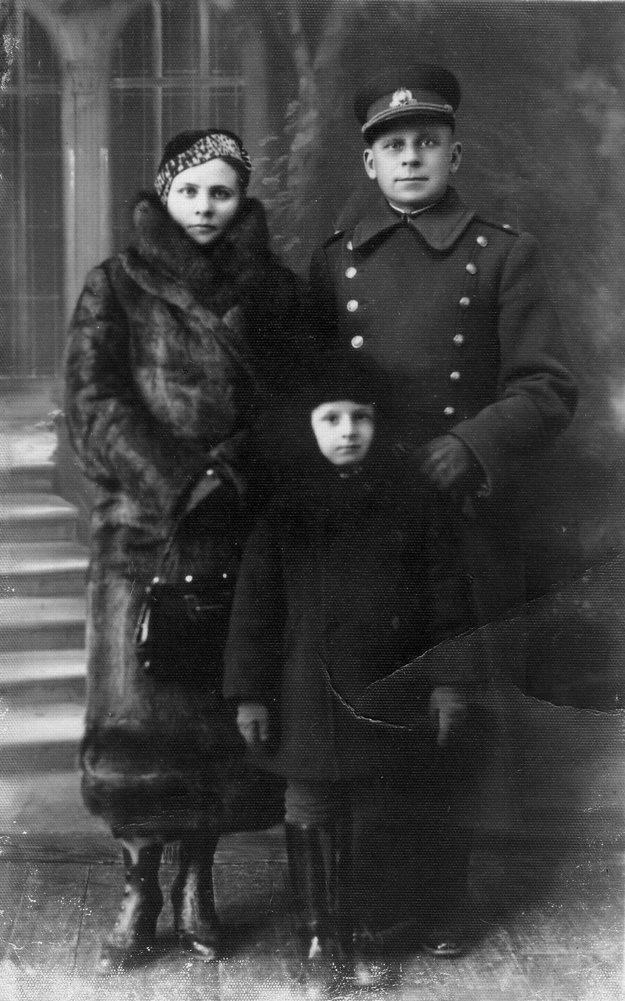 Nadiežda, Adolfas ir jų sūnus Adolfas Rimgaudas, 1934 m. | V. Žygas asmeninė nuotr.