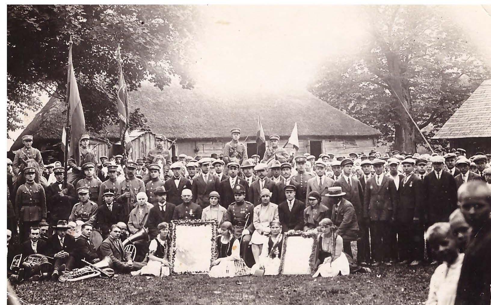 Mosėdis, 1930 m. Vytauto Didžiojo paveikslo nešimas per Lietuvos miestelius 500 metų sukakties proga | Asmeninė nuotr.