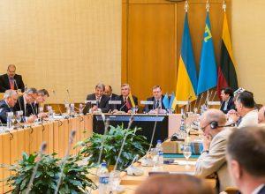 Tarptautinė konferencija Krymo okupacijos pasekmėms aptarti | lrs.lt, O. Posaškovos nuotr.