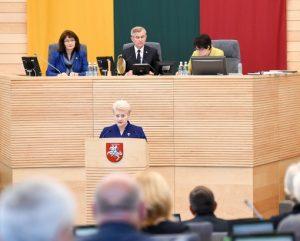 Prezidentes metinis pranesimas2017_lrp.lt