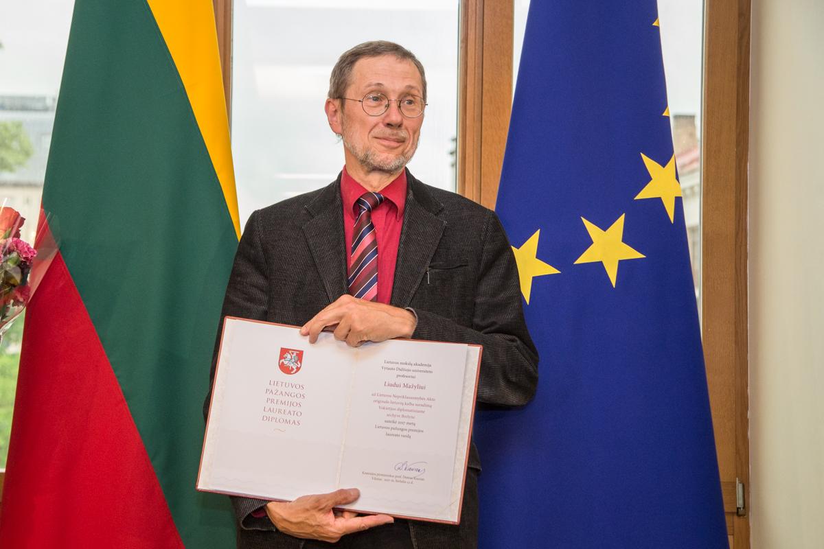 Profesoriui Liudui Mažyliui įteikta pirmoji Lietuvos pažangos premija | lrv.lt nuotr.