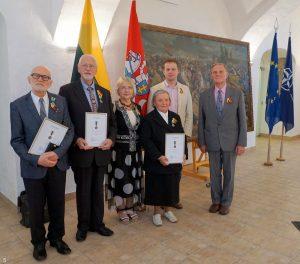 Medalio kavalieriai su savo artimaisiais   T. Grigaičio nuotr.