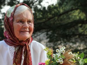 Žymioji tautosakos pateikėja iš Gervėčių krašto Marija Mažeikienė 2011-ieji. | A. Baltėno nuotr.