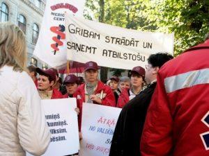 Latvijos gydytojų streikas_lsveikata.lt