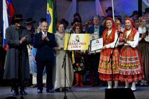 Pagrindinis apdovanojimas folk ansambliui is Portugalijos_rengeju nuotr
