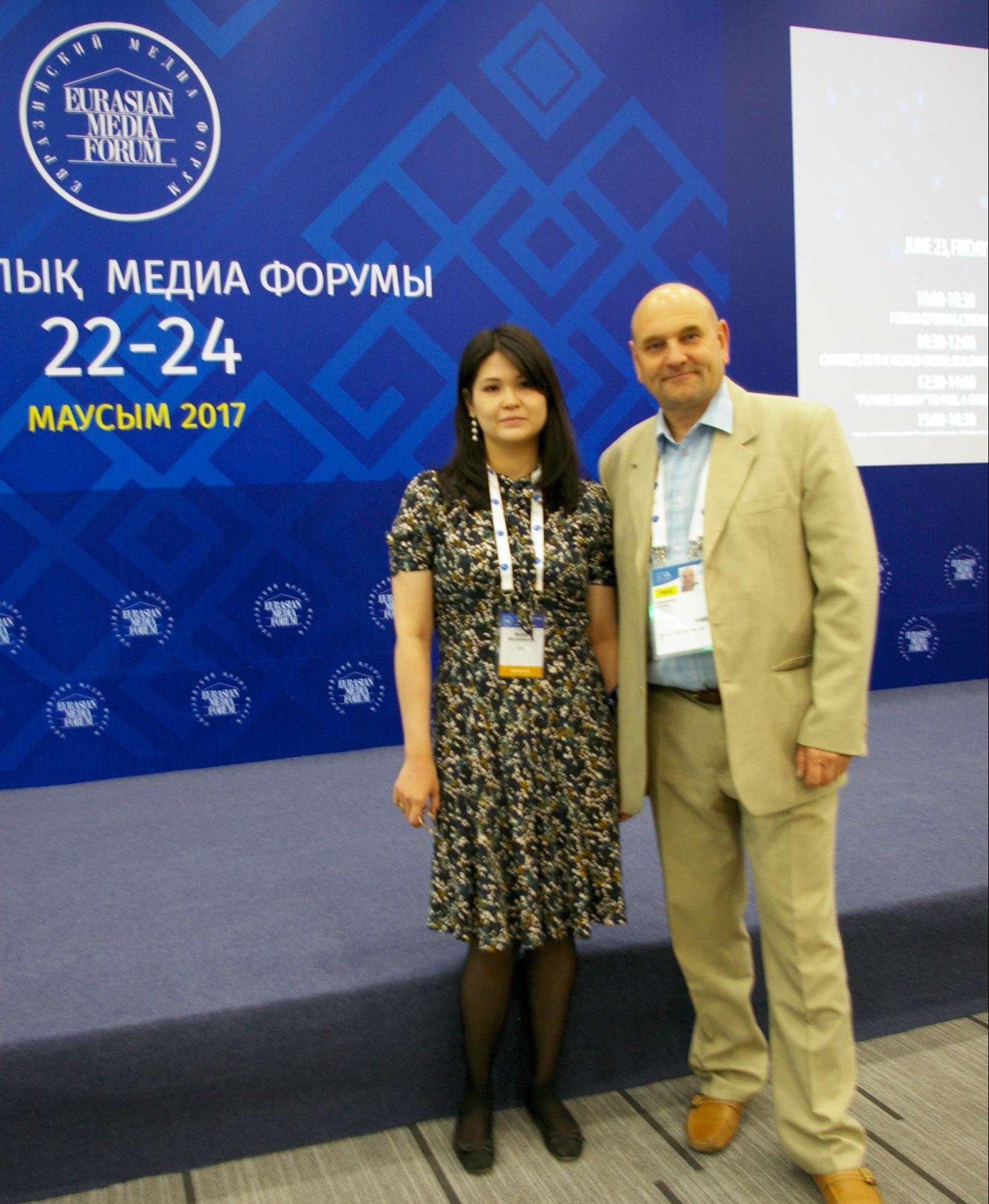 G. Statinis su Kazachstano URM atstove   Alkas.lt, G. Statinio nuotr.