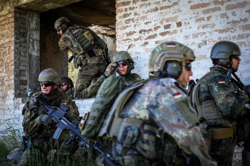 Rukloje NATO dalinio karius aplankys Lietuvos ir Vokietijos prezidentai | kam.lt, I. Budzeikaitės nuotr.