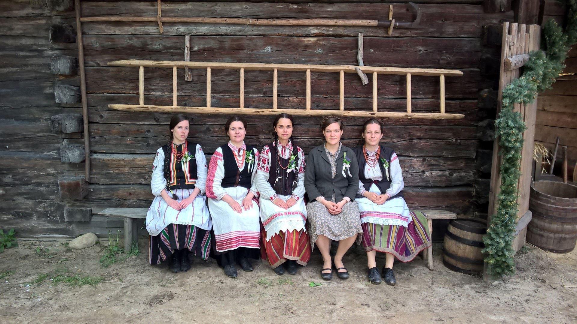 """Ansamblis """"Dička"""" iš Varšuvos (Lenkija)   arinuska.lt nuotr."""