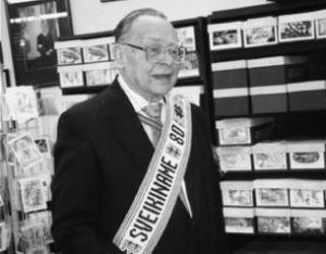 Ilgametis Vydūno fondo valdybos pirmininkas bei VF tarybos narys Vytautas Mikūnas. Nuotrauka daryta 2004 m, švenčiant jo 80 metų amžiaus sukaktį | Vydūno fondo nuotr.