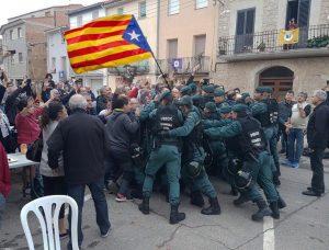 Katalonija balsuoja dėl nepriklausomybės | Twitter.com, FutbolSnob nuotr.