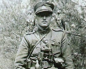 Lietuvos Laisvės Kovos Sąjūdžio karinių pajėgų vadas A. Ramanauskas-Vanagas tvirtai laikė ginklą rankose | Archyvinė nuotr.