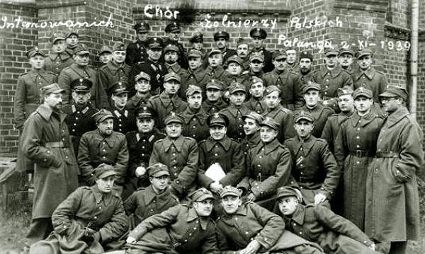 1939-1940 m. Lietuvoje internuoti lenkai | VDU parodos nuotr.