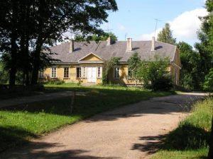 Varniuose tvarkomas vyskupo Motiejaus Valančiaus namas   httpvarniurp.am.lt nuotr.