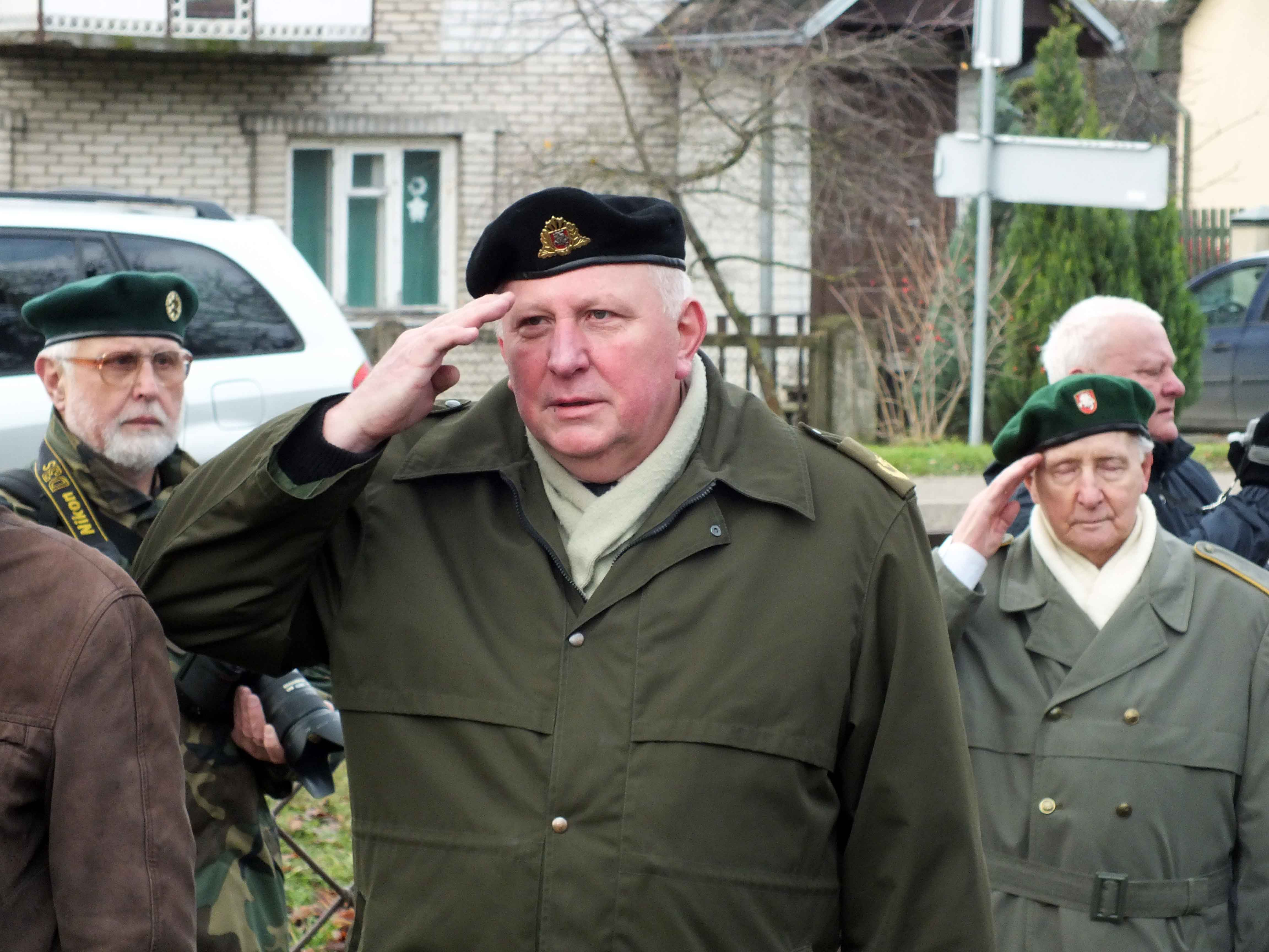 Iškilmių vedėjas dim. mjr. Gediminas Reutas | P. Šimkavičiaus nuotr.