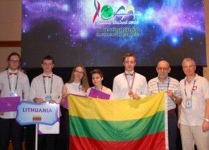 Lietuvos mokiniai Tailande astr.olimpiadoje_smm.lt