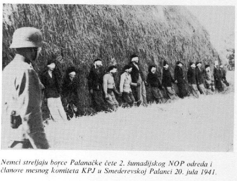 Originali nuotrauka – vokiečiai sušaudo serbų partizanus 1941 m. | Archyvinė nuotr.