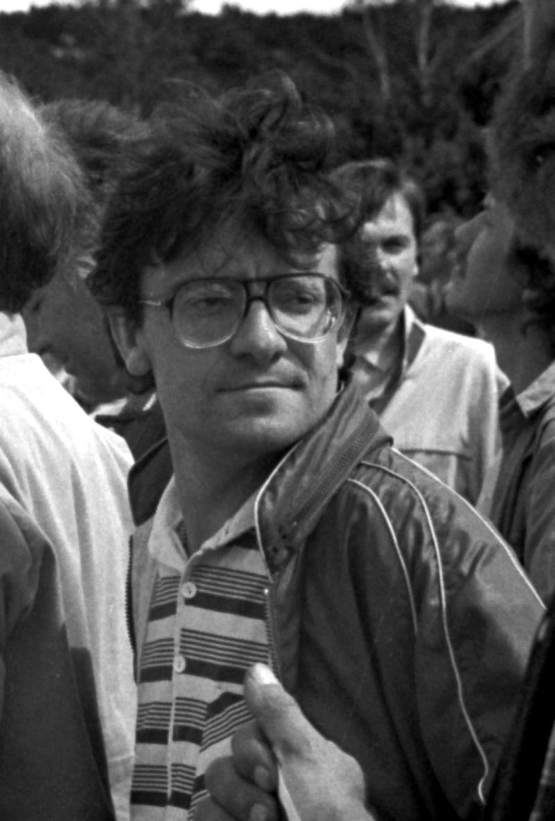 V. Radžvilas Taikos žygyje Juodkrantėje, 1989 m.   Wikipedia.org nuotr.