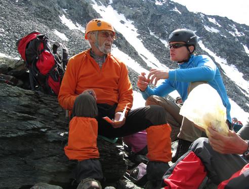 Į kalnus tūkstančius išvedęs 75-erių keliautojas: senatvės gyvenime nėra | Asmeninė nuotr.