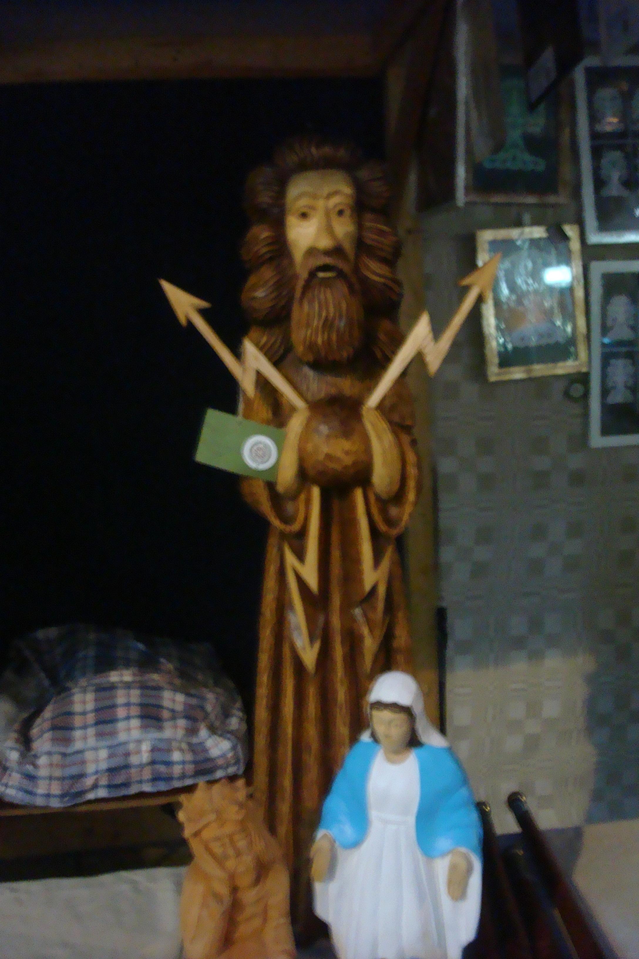 R. Vagnorius. Dievas Perkūnas, šv. Marija ir rūpintojėlis | D. Rastenienės nuotr.