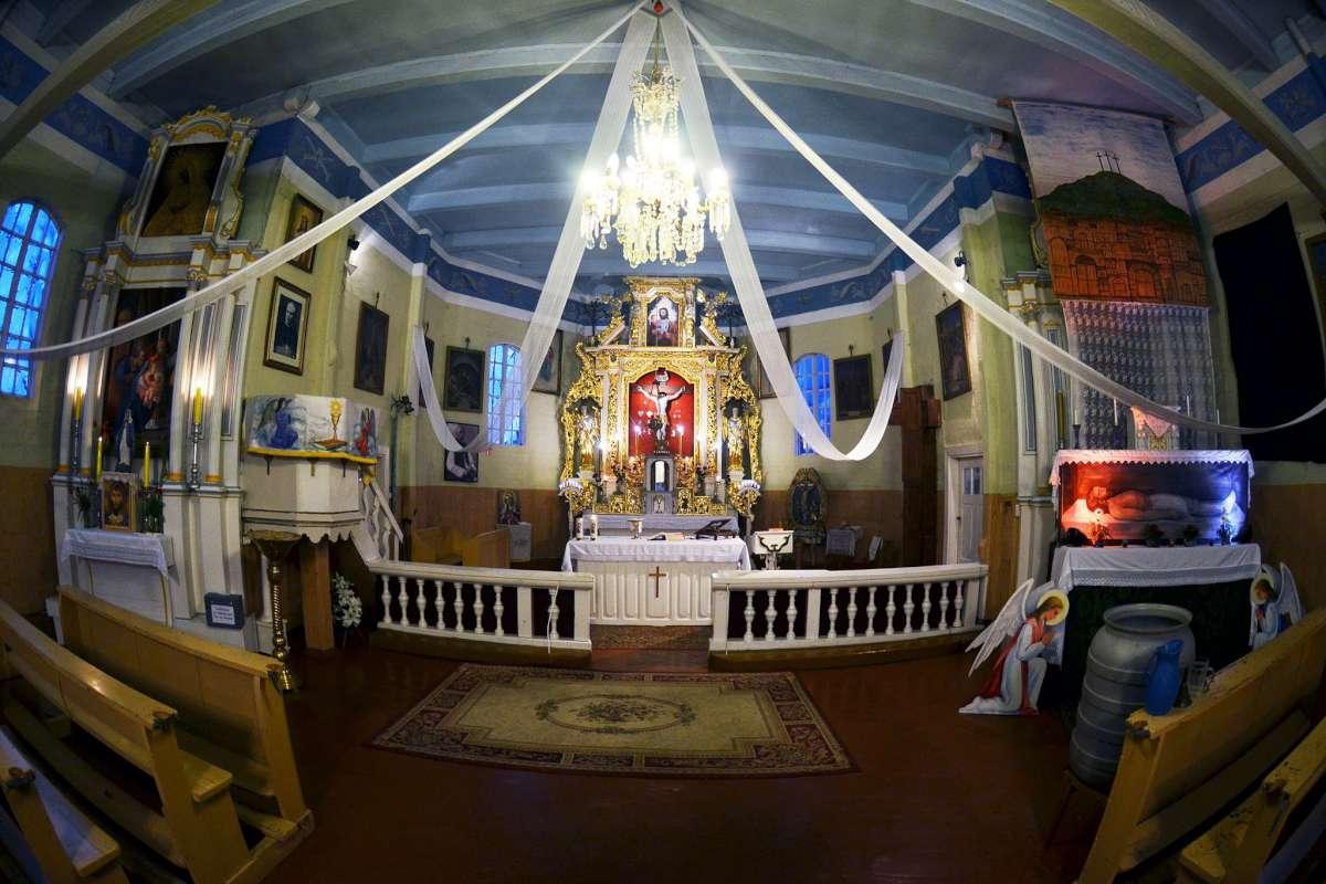 Pievėnų Jėzaus Nukryžiuotojo bažnyčia | E. Butikio nuotraukos