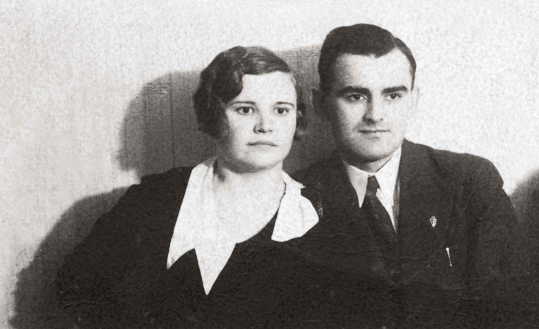 Julius Miežlaiskis su žmona Marijona. Marijampolė apie 1933 m. | Z. Miežlaiškio archyvo nuotr,