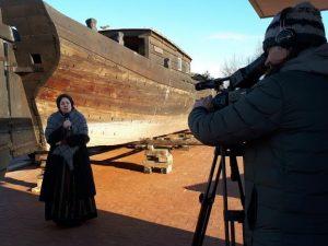 Virgina Asnauskienė pasakoja padavimą apie Drevernos kopą | N. Jačėnienės nuotr.
