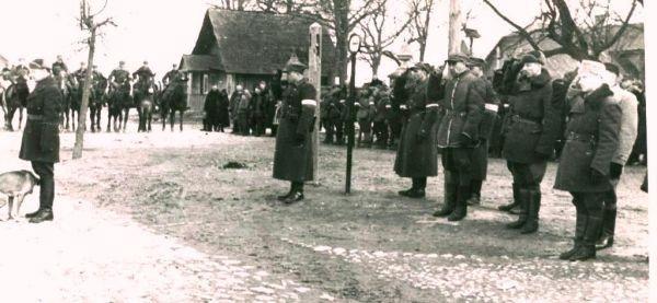 Armijos krajovos Vilniaus apygardos 3-ioji brigada Turgeliuose. 1944 m. pavasaris | Archyvinė nuotr.