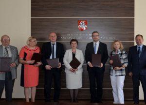6 socialinių paslaugų darbuotojų profsąjungos pasirašė kolektyvinę šakinę sutartį su Socialinės apsaugos ir darbo ministerija | socmin.lt nuotr.