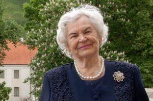 Profesorė Ona Voverienė LMA Vrublevskių bibliotekos balkone 2018   LMA Vrublevskių bibliotekos nuotr.