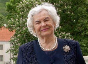 Profesorė Ona Voverienė LMA Vrublevskių bibliotekos balkone 2018 | LMA Vrublevskių bibliotekos nuotr.