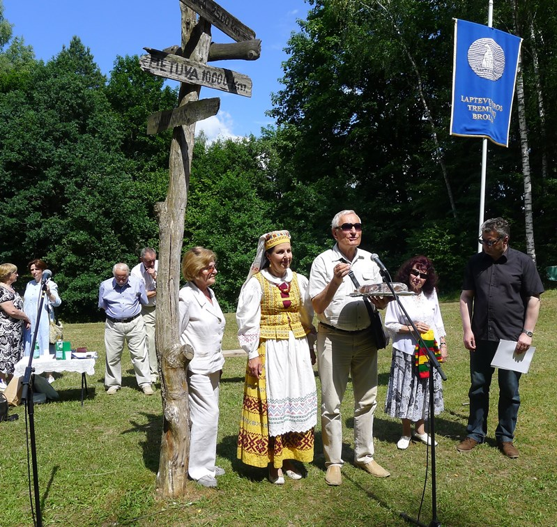 Lietuvos liaudies buities muziejuje vyko Gedulo ir Vilties dienos minėjimas | Lietuvos sąjūdžio Kauno tarybos nuotr.