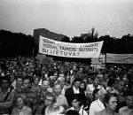 Lietuvos laisvės lygos ir Blaivybės sąjūdžio demonstracija Lietuvos ir Tarybų Rusijos 1920 m. sutarčiai paminėti | LRS archyvas, A. Ališausko nuotr.