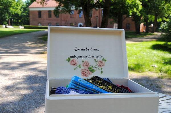 Dvaras be damų – kaip pavasaris be rožių | Kauno rajono savivaldybės nuotr.