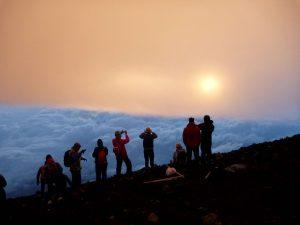 Sulėtekis Fudzijamos viršūnėje | Alkas.lt, G. Statinio nuotr.