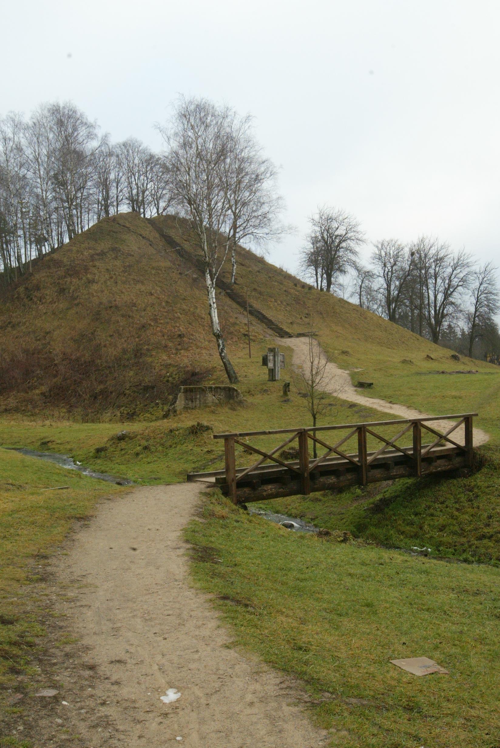 Merkinės piliakalnis | Dzūkijos nac. parko nuotr.