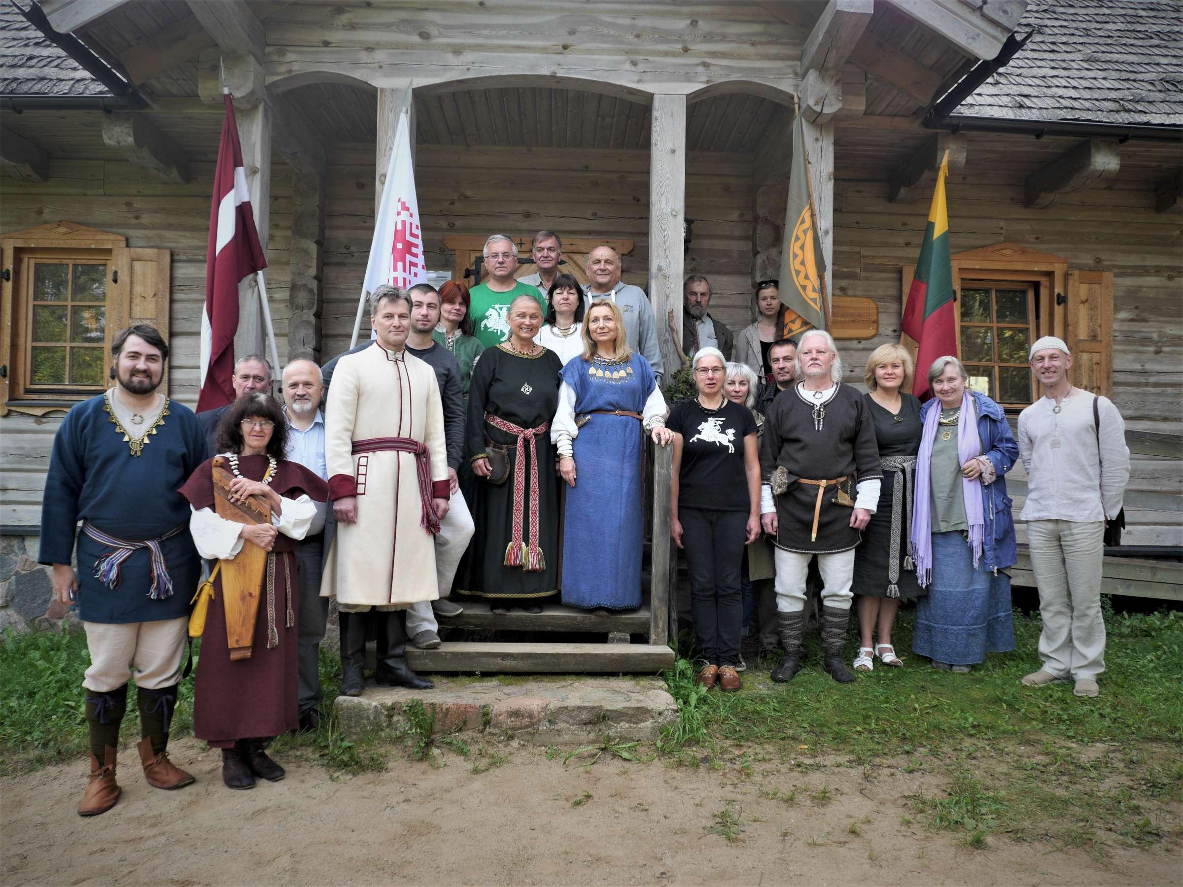 Latvijos ir Lietuvos senojo baltų tikėjimo tęsėjai vienijasi | Alkas.lt, J. Vaiškūno nuotr.