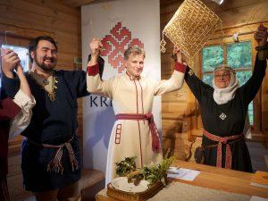 Latvijos ir Lietuvos senojo baltų tikėjimo tęsėjai nutarė susivienyti | Alkas.lt, J. Vaiškūno nuotr.