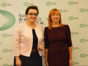 Lietuvos Švietimo ministrės J. Petrauskienės susitikimas su Lenkijos švietimo ministre Ana Zalevska | smm.lt nuotr.