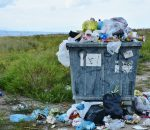 Per pasaulį ritasi vienkartinių plastiko gaminių draudimo banga   Pixabay nuotr.