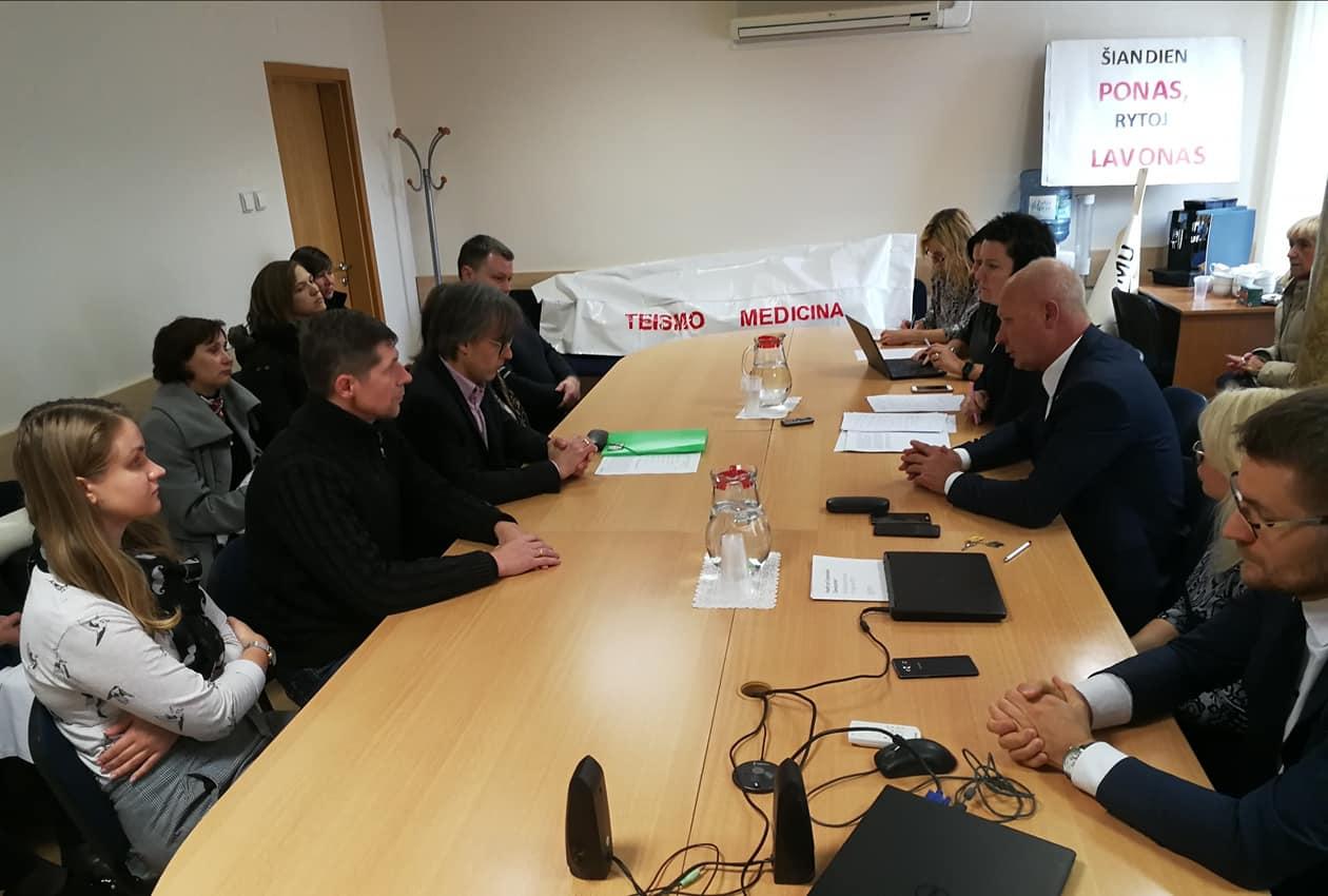 Piketuotojai susitinka su ministerijos valdininkais | Rengėjų nuotr.